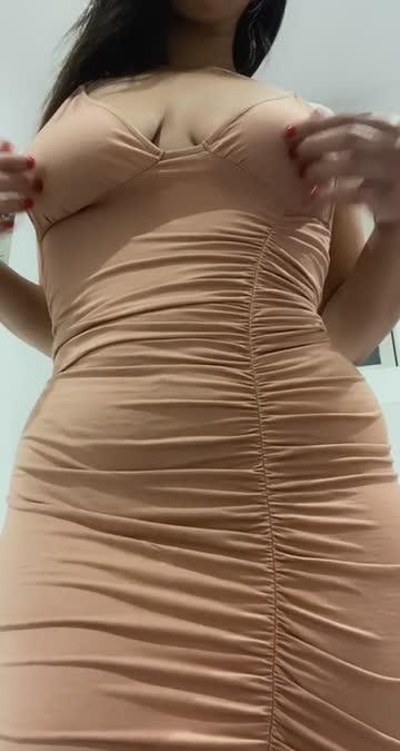 titty drop milf curvy hot video