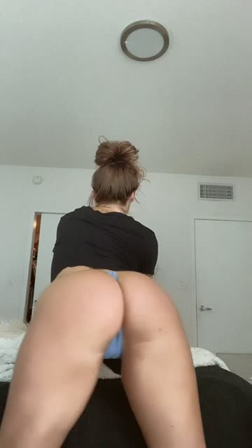 twerking booty 18 years old ass clapping boots