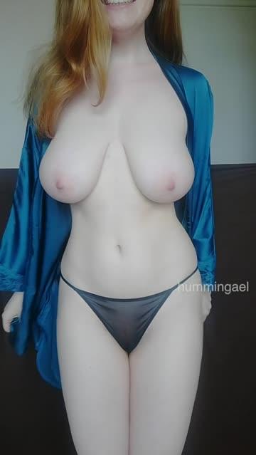 natural tits busty redhead hot video