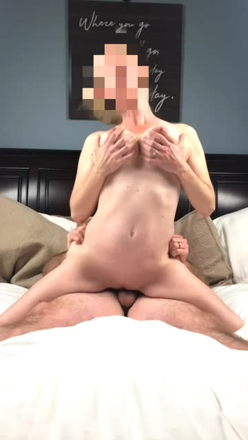 blonde reverse cowgirl milf