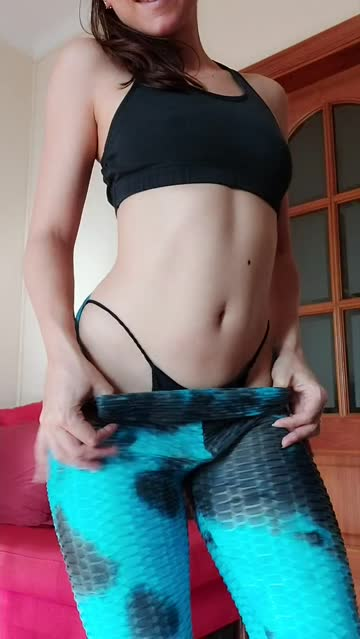 belly button leggings onlyfans thong fitness long hair hot video