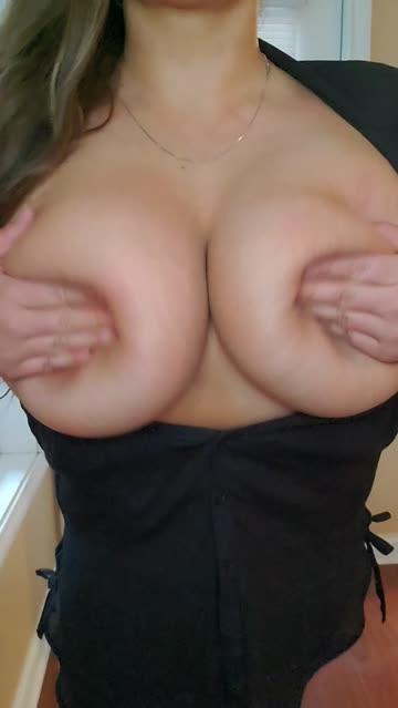 big tits bouncing tits boobs
