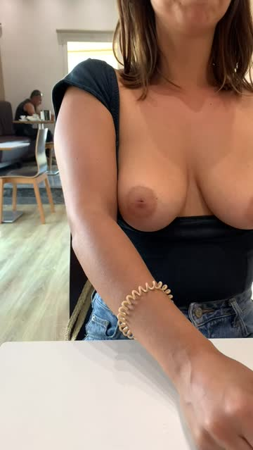 boobs oliheart public flashing xxx video