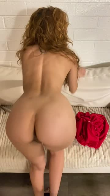 babe stripping amateur sex video