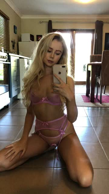 lingerie blonde petite college porn video
