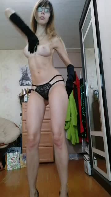 natural tits nude dancing xxx video