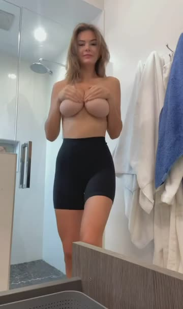 18 years old chloe 18 19 years old free porn video